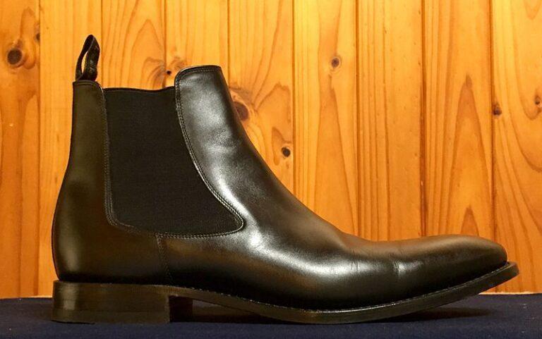 800px Chelsea boot 2C black